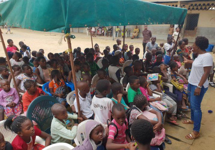 Distribution fournitures scolaires en Août 2018